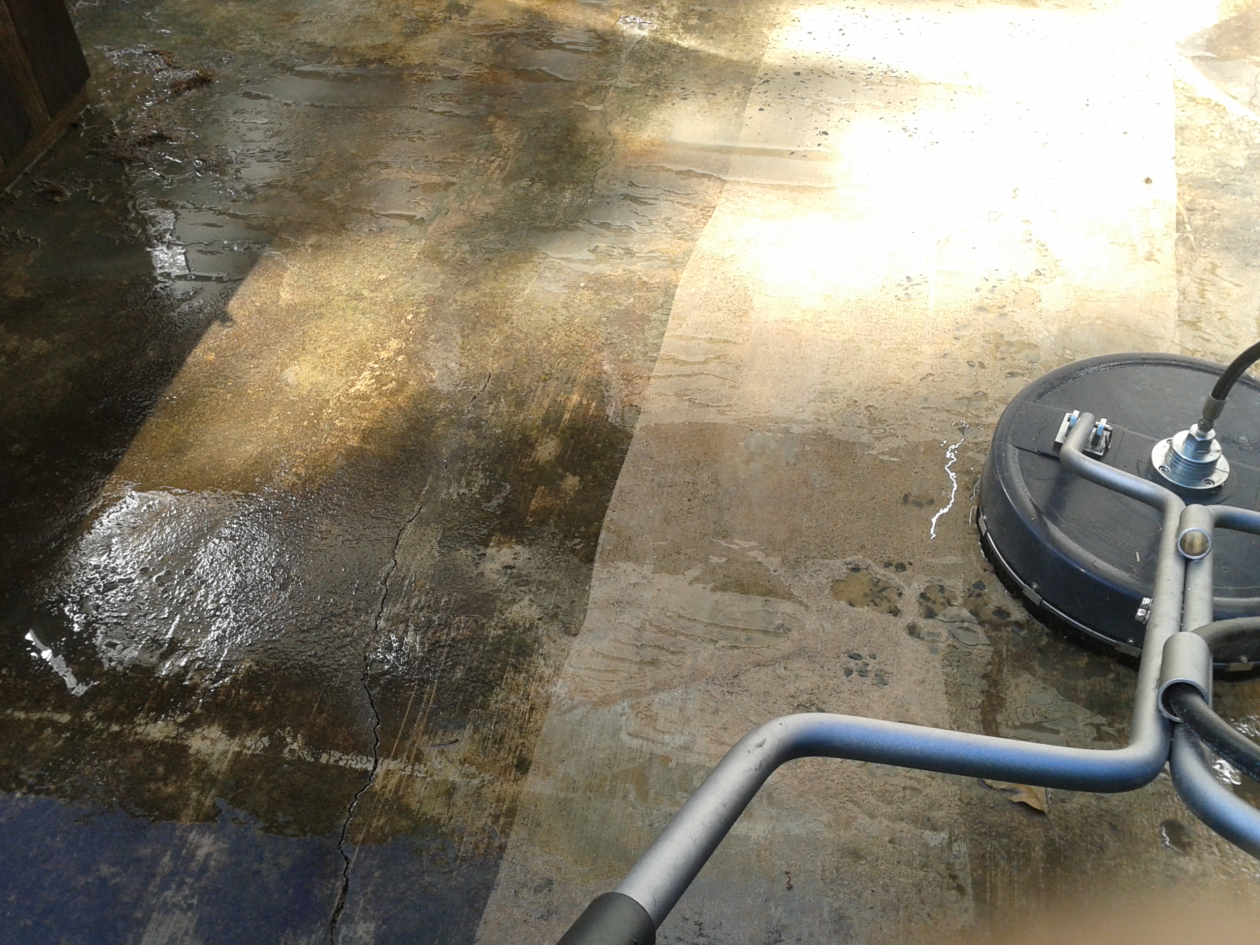 Oil stain archives pressure washing for Grease stains on concrete