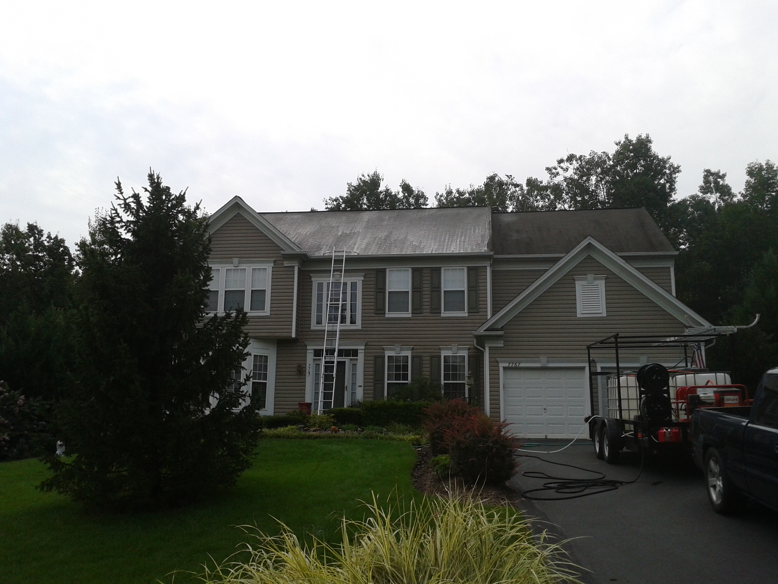 Roof Stain Cleaning | Northern Virginia